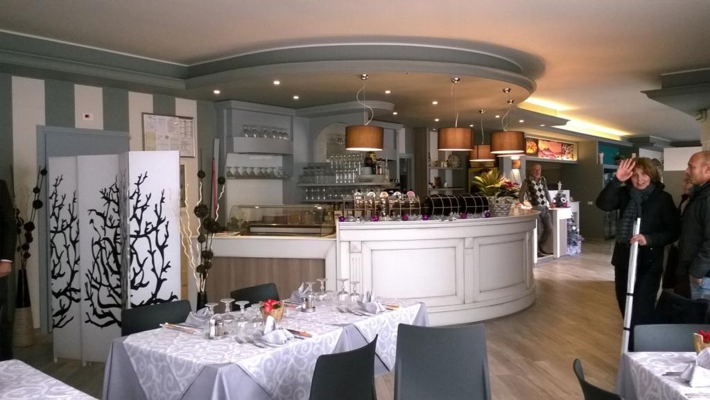Rinnovo arredamento ristorante La Mela Verde Vercurago. progettazione e ristrutturazione arredamenti esistenti