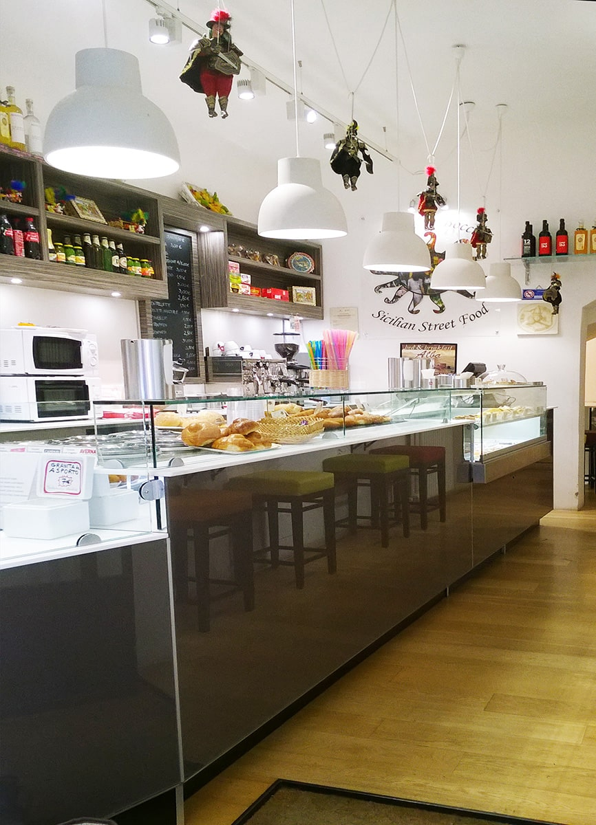 <span class='second-part'>Arredamento street food </span> Bergamo