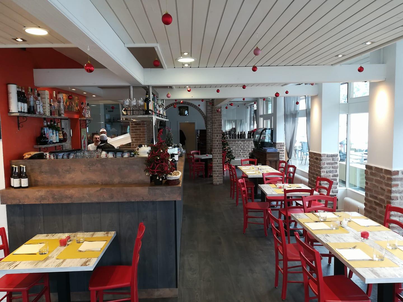 <span class='second-part'>Arredamento Pizzeria </span> Bad Kleinkirchheim