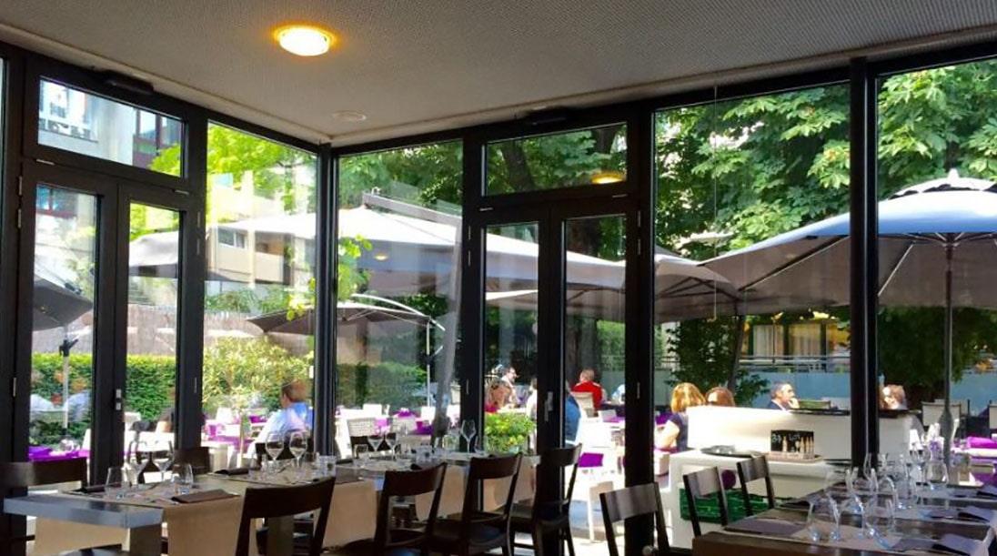 Arredamento ristorante teatro cote cour cote jardin for Arredamento ristorante italia